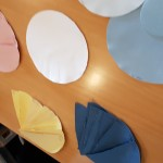 Papier met biologische kleurstoffen